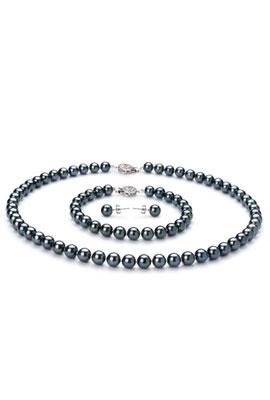 Japanese-set-of-black-Akoya-pearls