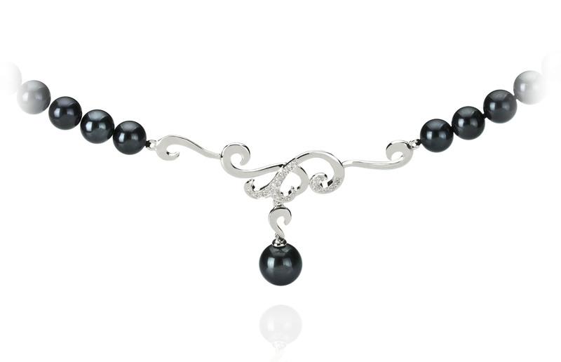 Halskette mit schwarzen, 6-9mm großen Janischen Akoya Perlen in AA-Qualität , Almira