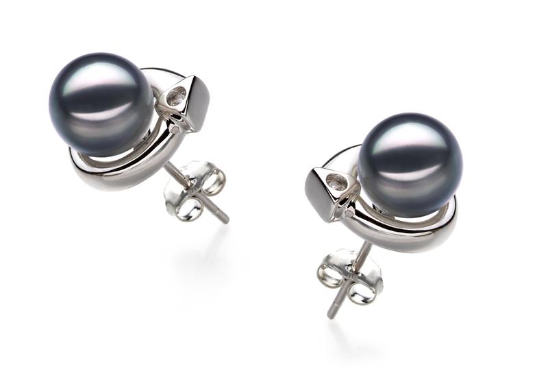 Paar Ohrringe mit schwarzen, 7-8mm großen Janischen Akoya Perlen in AA-Qualität , Angelina