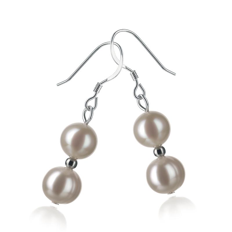 Paar Ohrringe mit weißen, 6-7mm großen Süßwasserperlen in A-Qualität , Clarissa