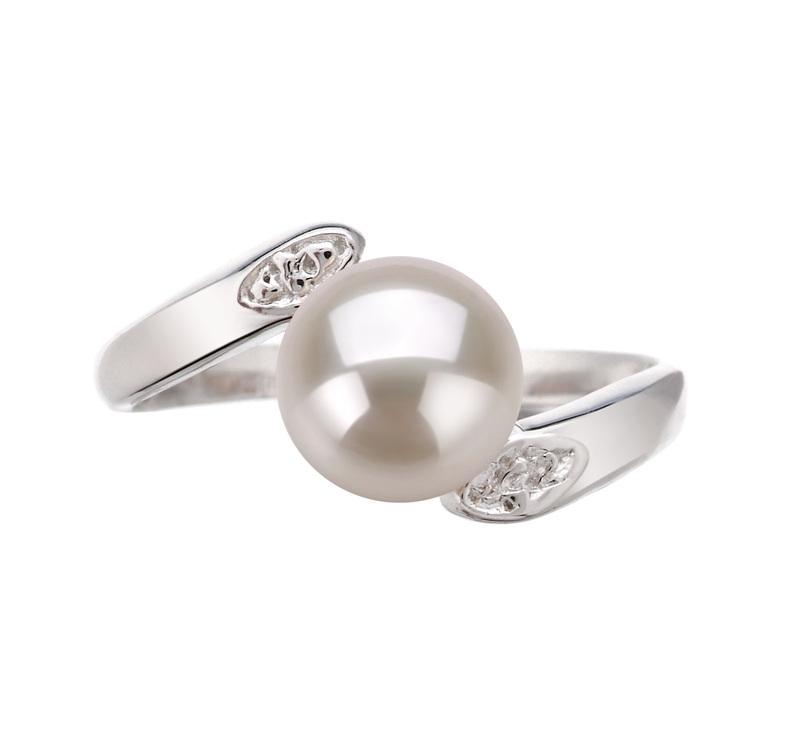 Ring mit weißen, 6-7mm großen Süßwasserperlen in AAA-Qualität , Dana