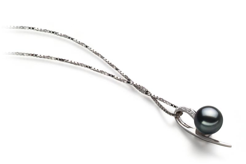 Anhänger mit schwarzen, 7-8mm großen Janischen Akoya Perlen in AA-Qualität , Desiree