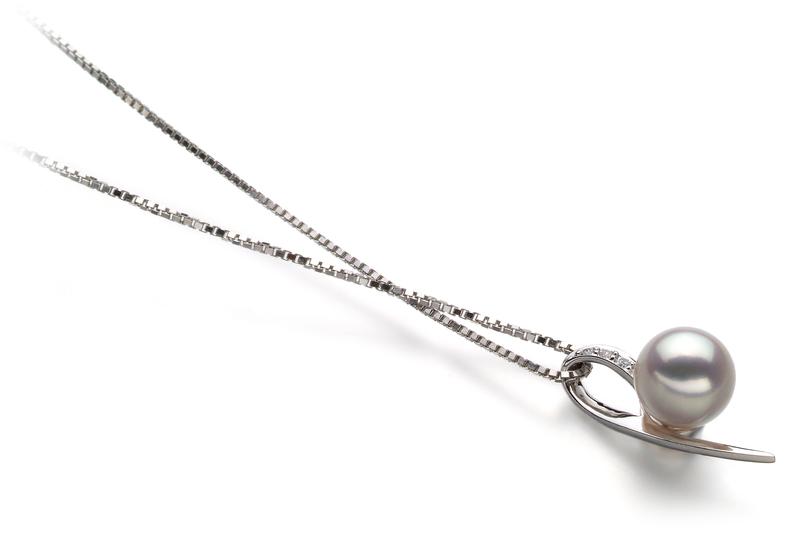 Anhänger mit weißen, 7-8mm großen Janischen Akoya Perlen in AA-Qualität , Desiree