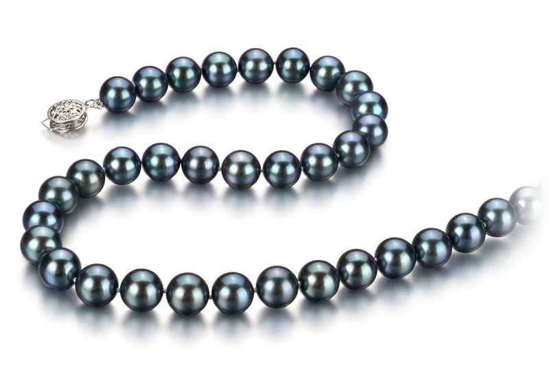 Halskette mit schwarzen, 8.5-9mm großen Janischen Akoya Perlen in AAA-Qualität , Francesca