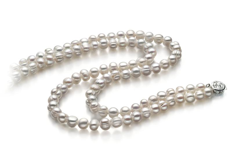 Halskette mit weißen, 6-7mm großen Süßwasserperlen in A-Qualität , Julienne