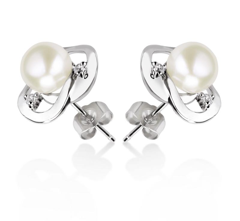 Paar Ohrringe mit weißen, 7-8mm großen Süßwasserperlen in AA-Qualität , Katie Heart