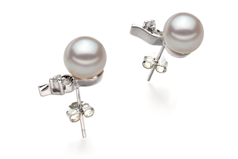 Paar Ohrringe mit weißen, 7-8mm großen Janischen Akoya Perlen in AA-Qualität , Melissa