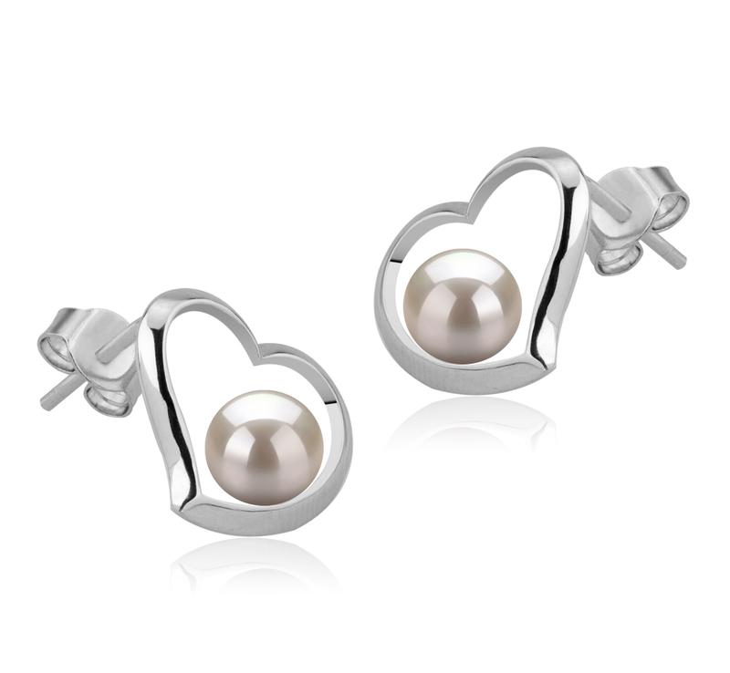 Paar Ohrringe mit weißen, 5-6mm großen Süßwasserperlen in AAAA-Qualität , Nadira
