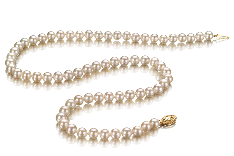 Halskette mit weißen, 5.5-6mm großen Süßwasserperlen in AAA-Qualität , Nayka