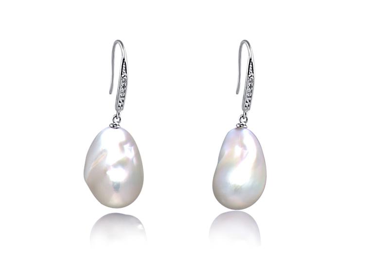 Paar Ohrringe mit weißen, 14-15mm großen Süßwasserperlen Edison in AA+-Qualität
