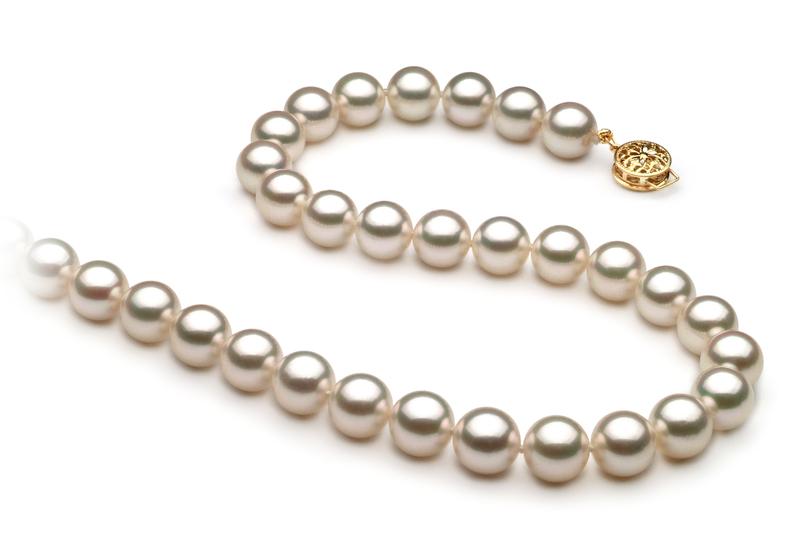Halskette mit weißen, 8.5-9mm großen Janischen Akoya Perlen in AAA-Qualität , Shanti