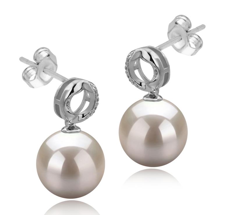Paar Ohrringe mit weißen, 9-10mm großen Süßwasserperlen in AAAA-Qualität , Shellry