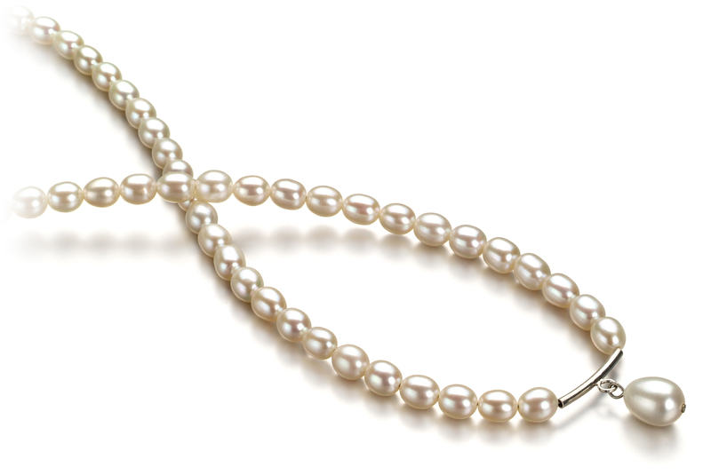 Halskette mit weißen, 3-4mm großen Süßwasserperlen in A-Qualität , Tropfen
