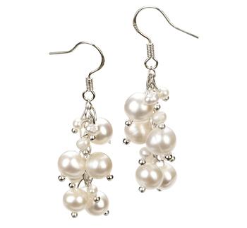 Paar Ohrringe mit weißen, 3-7mm großen Süßwasserperlen in A-Qualität , Brisa